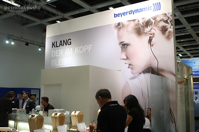Стенд Beyerdynamic на IFA 2012