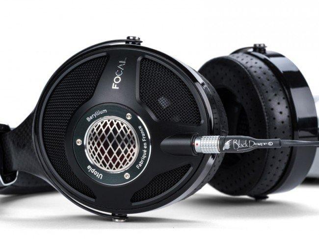 focal-utopia-black-dragon-2_1.jpg