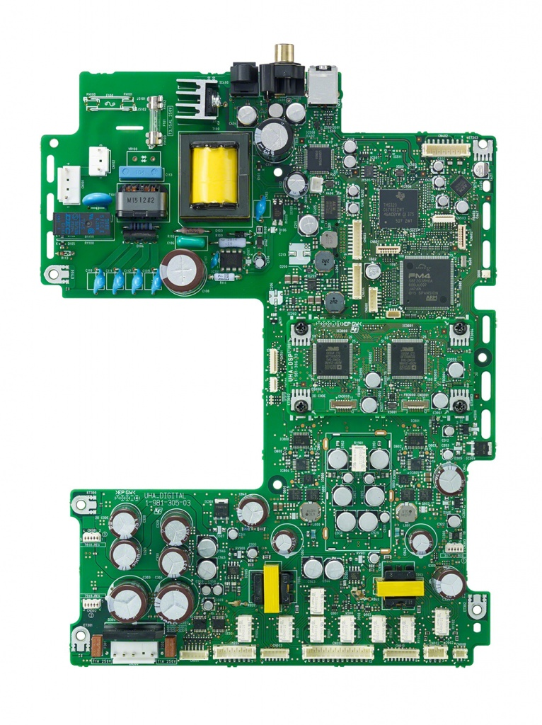 TA-ZH1ES_circuit_board_digital_DSP-Large.jpg